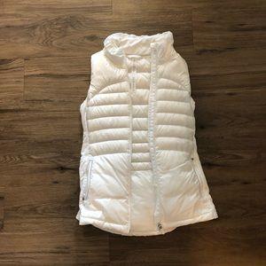 Iululemon vest. Only warn once.